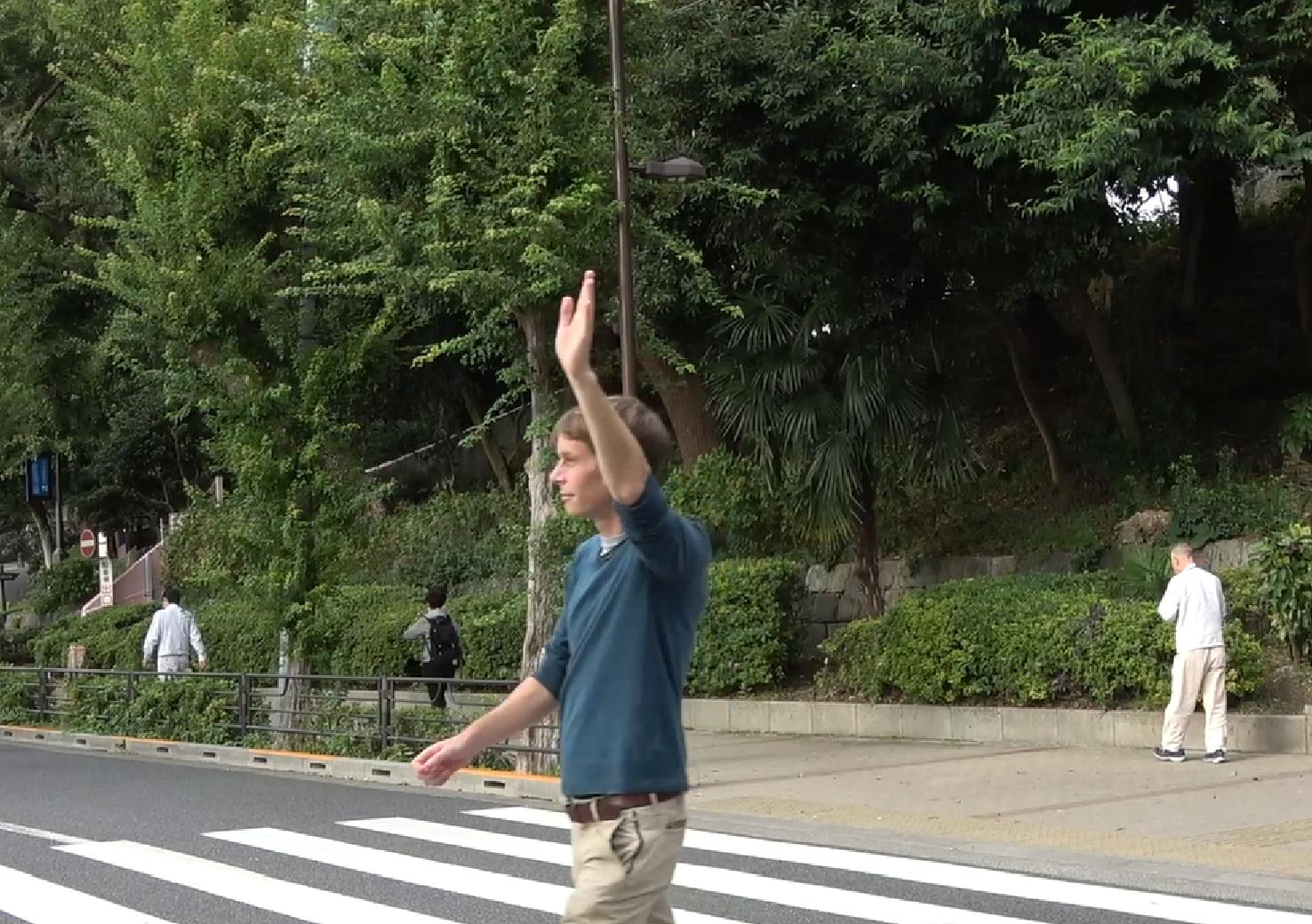 日本のおかしなジェスチャー